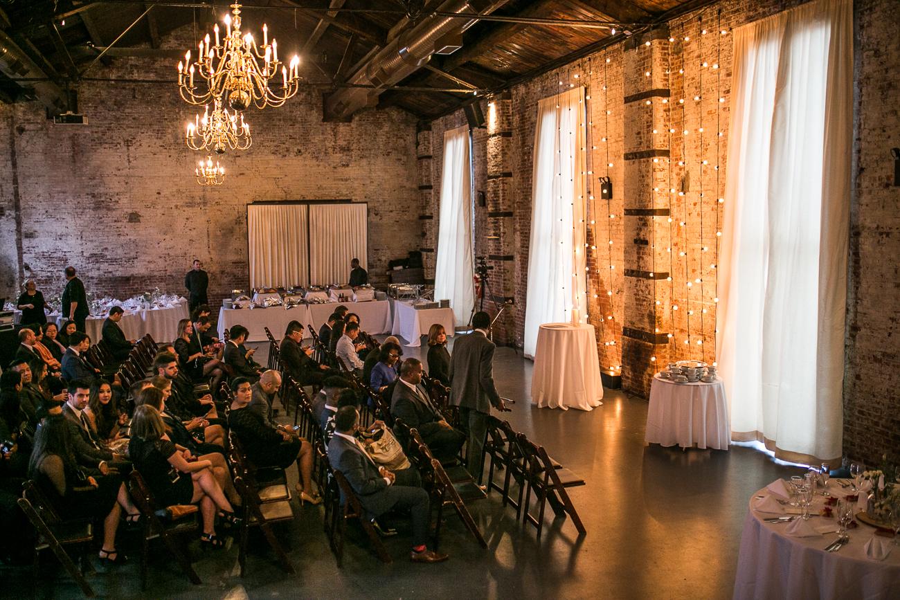 Jennifer & Jonathan wedding at The Green Building by Unveiled-Weddings.com #WeddingDress #NewYorkWedding #GreenBuildingNYC #BrooklynWedding #ChinaseWedding