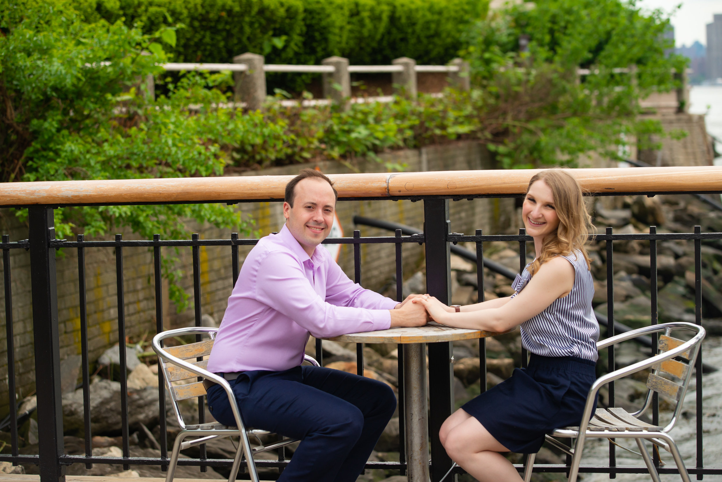 Julie & Andrew at Roosevelt Island Engagement session by Unveiled-Weddings.com