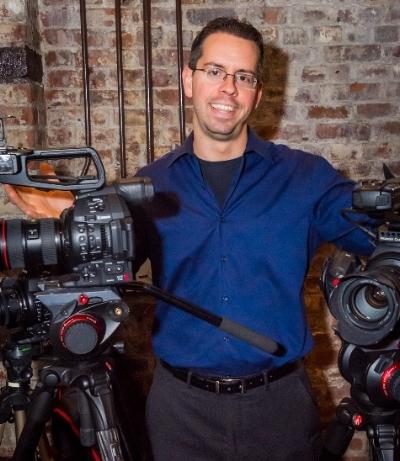 Mike+Unveiled-Weddings+videographer+1.jpg