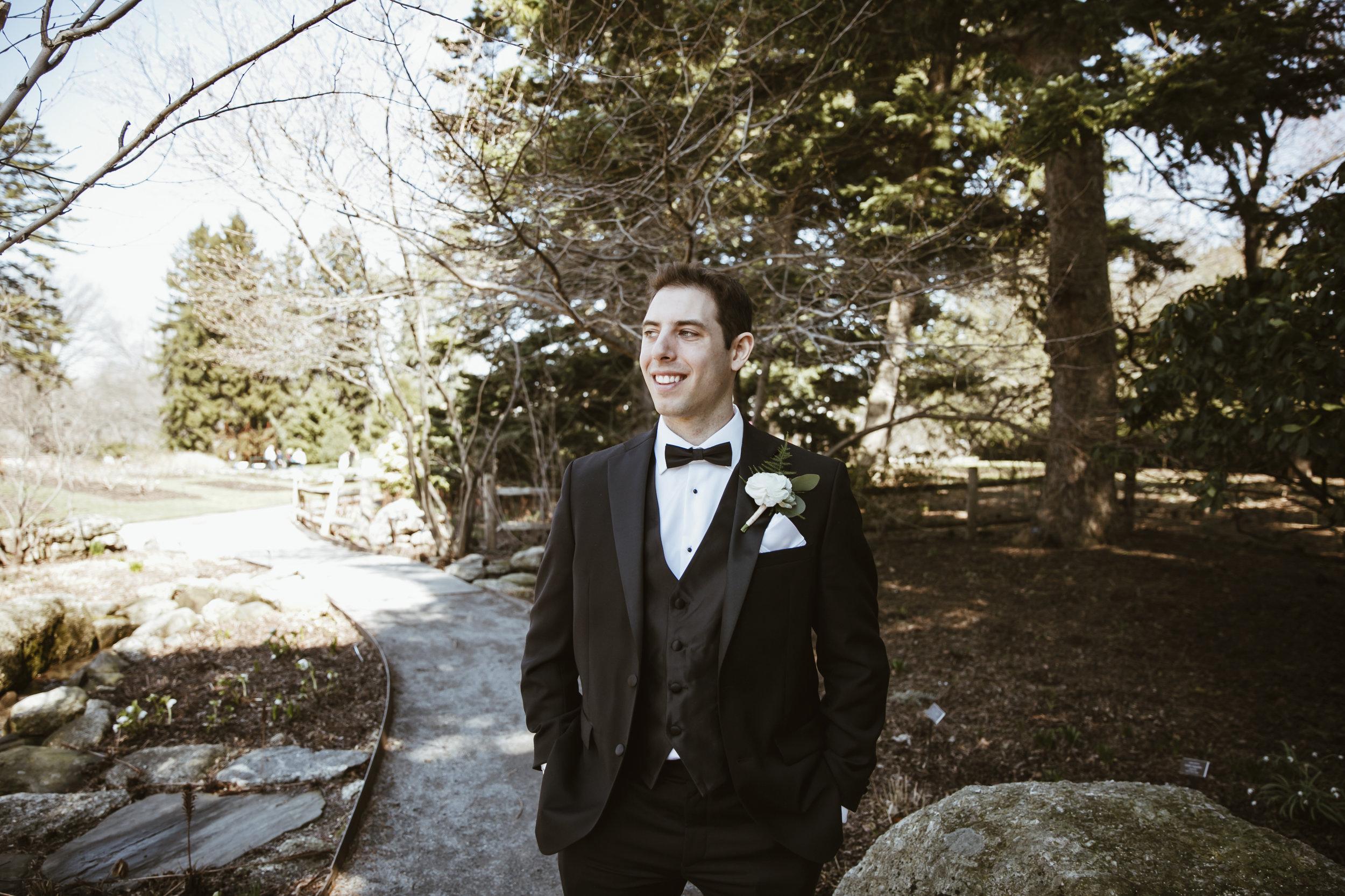 Lea & Greg Wedding at New York Botanical Garden by Unveiled-Weddings.com