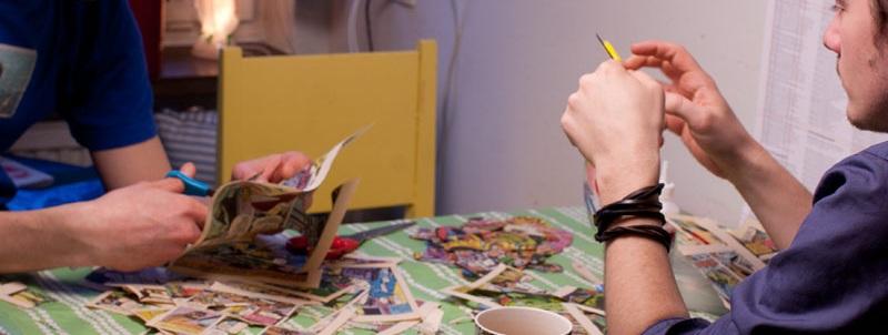Pyssel-workshop - Att pyssla är ett enkelt och lättillgängligt sätt att hitta sin egen kreativitet. Dessutom är det något man kan fortsätta med hemma som ett sätt att umgås i familjen. Vår utgångspunkt ät att använda material som alla redan har hemma. Det är ett bra sätt att både vara kreativ och miljömedveten på samma gång. Vi utgår från din organisationen och grupps behov och skräddarsyr pyssel. Det kan vara med tema tex jul, sommar eller något jubileum. Upplägget är oftast så att vi skapar två till fem stationer med olika pyssel beroende på hur många deltagare och hur lång tid som finns till förfogande. Besökarna delas in i grupper och får ungefär 20 min vid varje station.Grupper som skapar tillsammans stärks och lär känna varandra. Dessutom behöver inget bli fint, vi jobbar hårt på att alla krav på perfektion ska slängas ut genom fönstret. Alla kan pyssla och vi har inte patent på varken det rätta sättet att göra något. Vi gillar när deltagarna utvecklar våra idéer och kommer på nya fantastiska skapelser. En pysselworkshop kan ta allt från 20 minuter till en halv dag, det är helt upp till uppdragsgivaren. Vi pysslar gärna ihop en härligt pysslig workshop för dig.Är du intresserad av en pysselworkshop mejla info@fuldesign.se eller ring någon av oss i Fuldesign