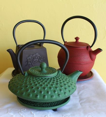 Tetsubin - cast iron teapots.jpg