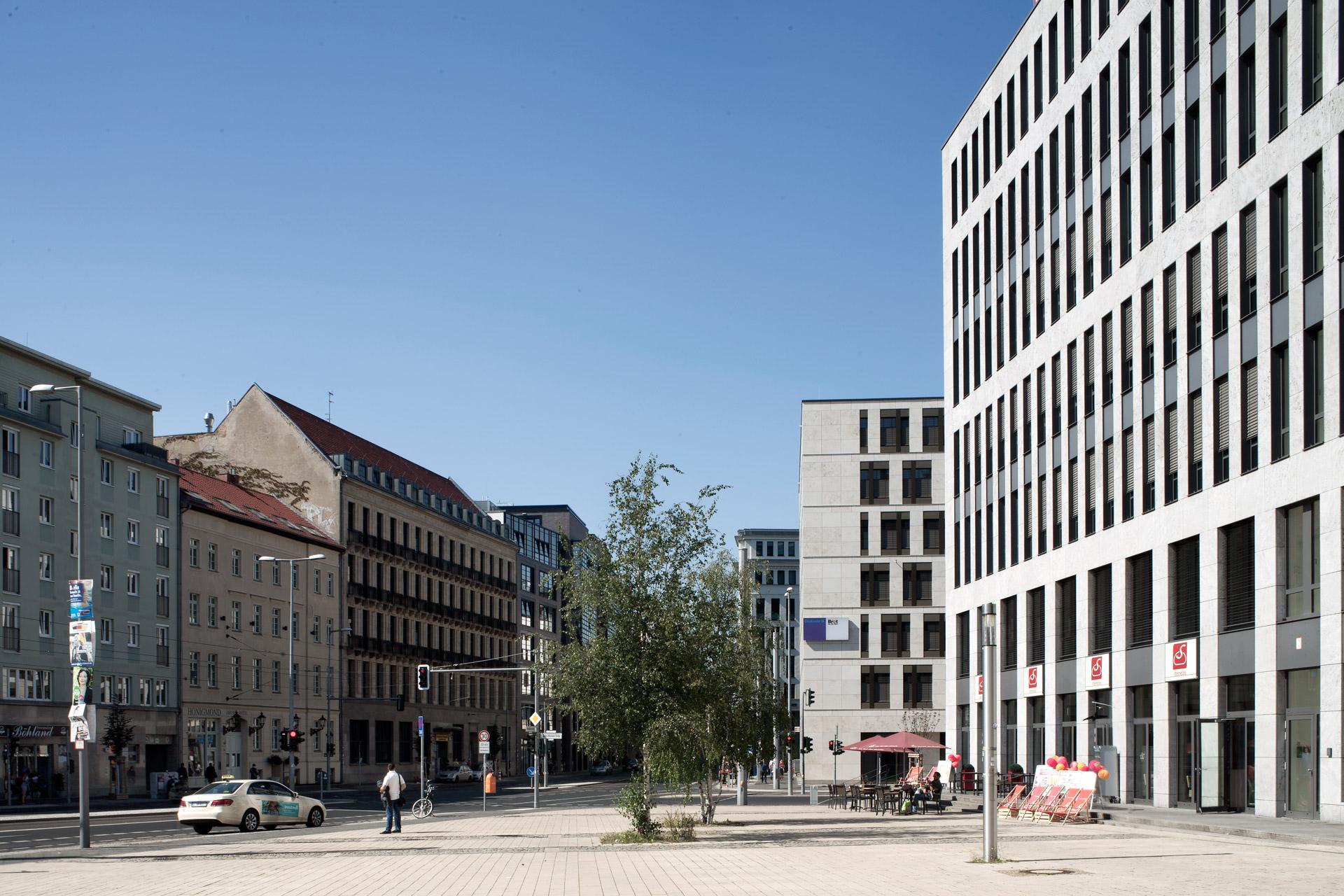 DB Services GmbH, Berlin (DE)