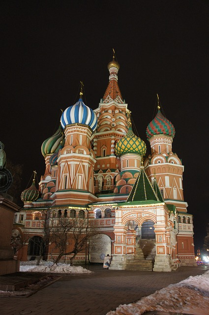 cathedral-630768_640.jpg