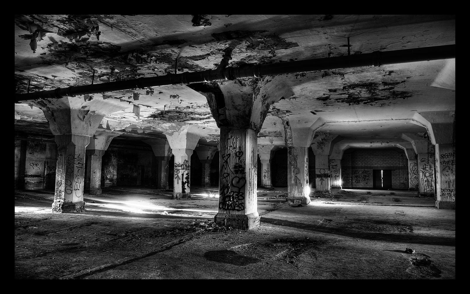 Fotografía:  Catacombs by Brandybuck