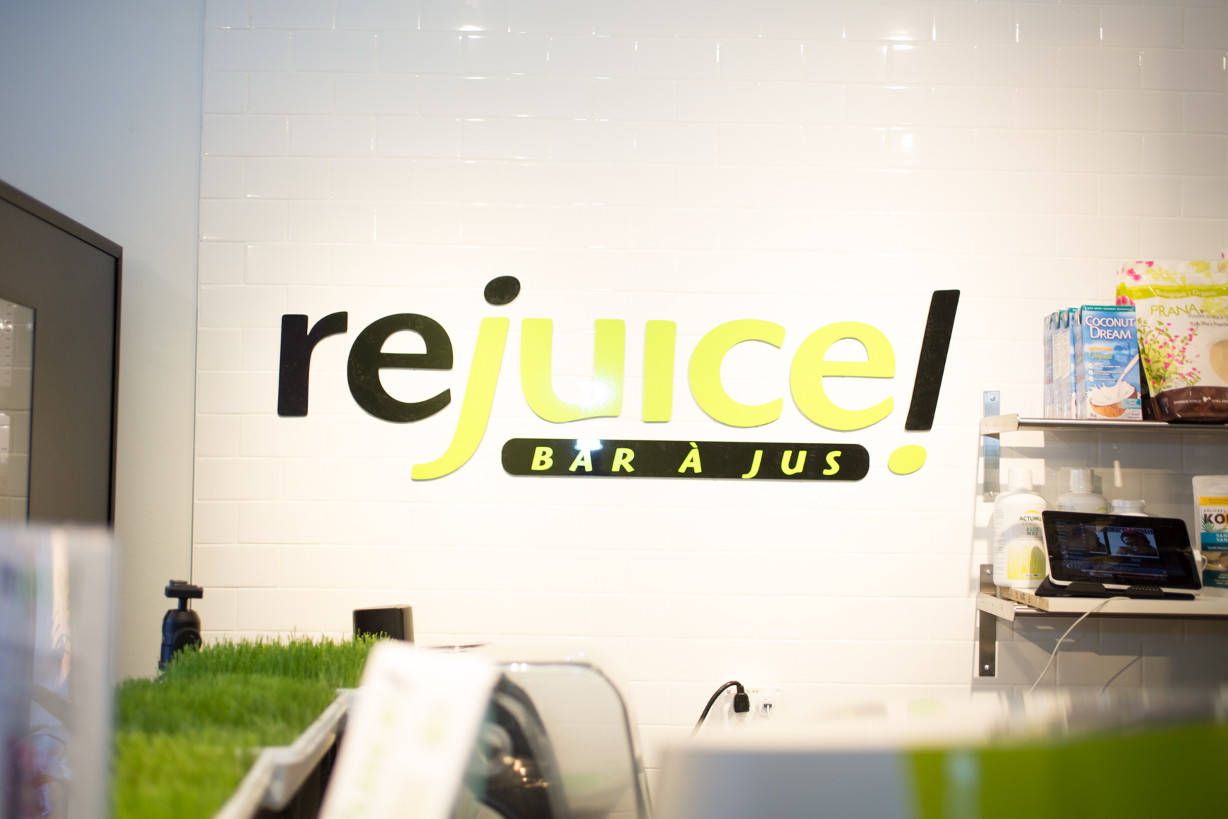 rejuice nutrition organic juice bar montreal westmount mademoiselle jules mlle blog lifestyle healthy