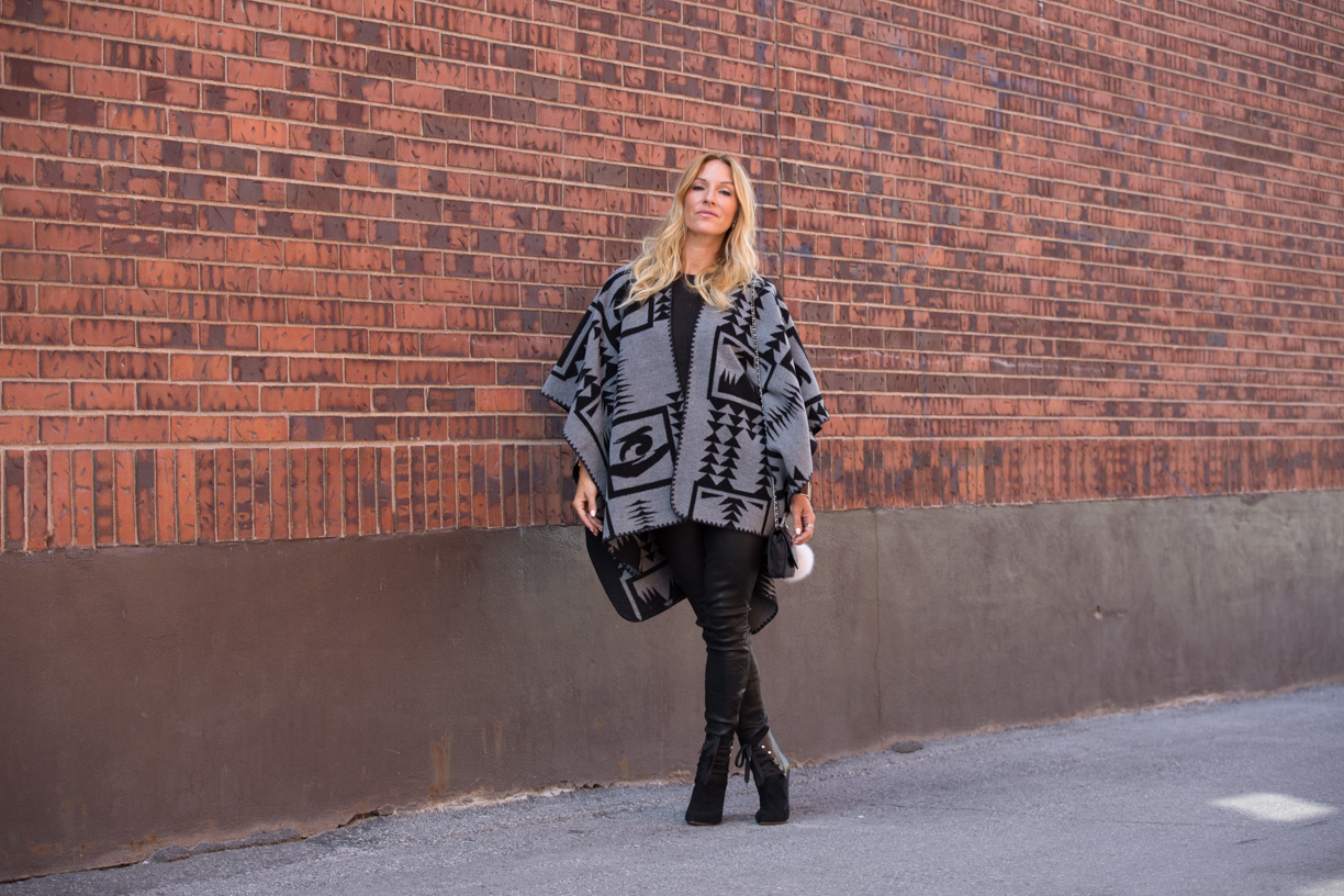 mademoiselle jules fashion blogger with billie boutique on Laurier