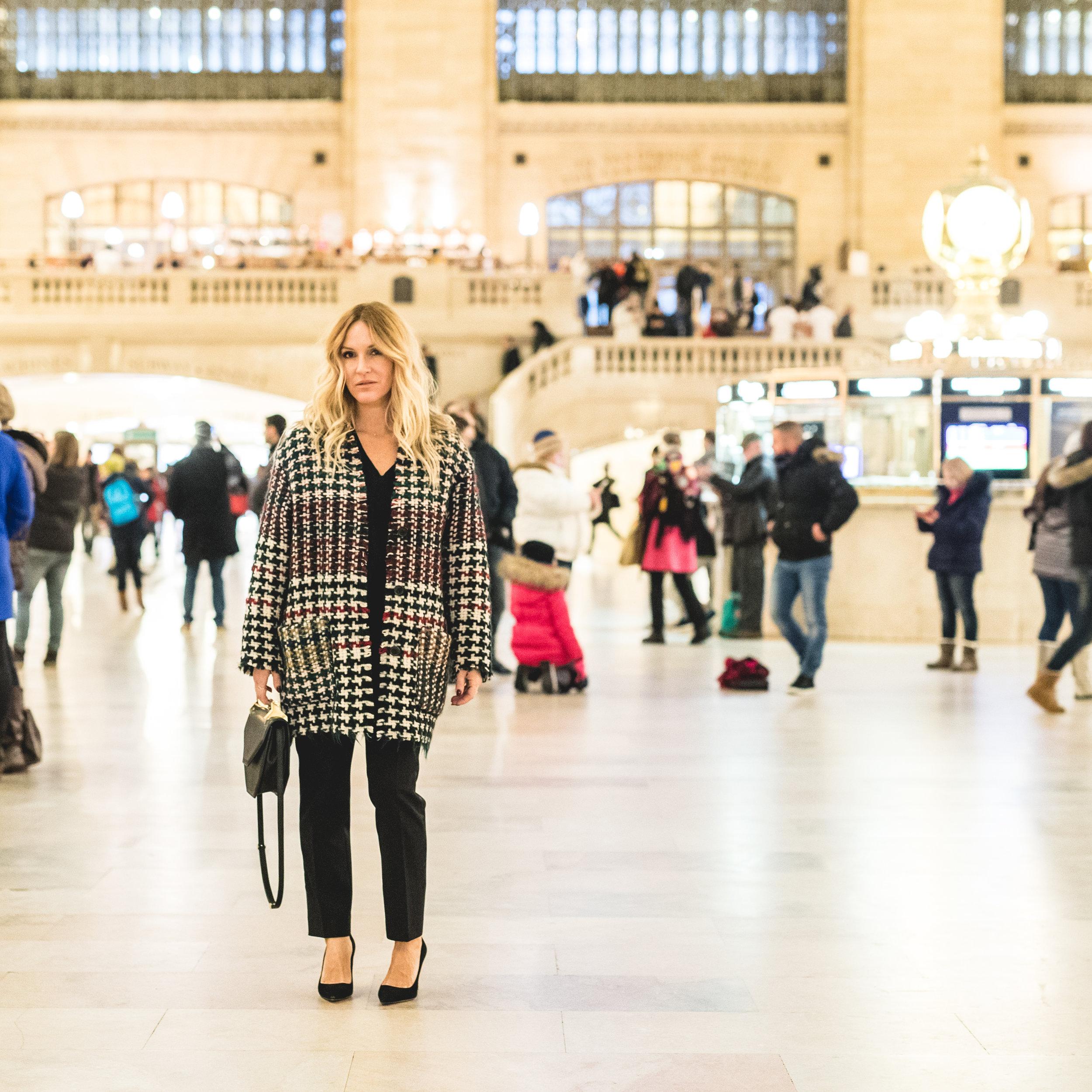 one jacket 3 ways isabel marant coat TNT fashion montreal fashion blogger mademoiselle jules mlle jules blog