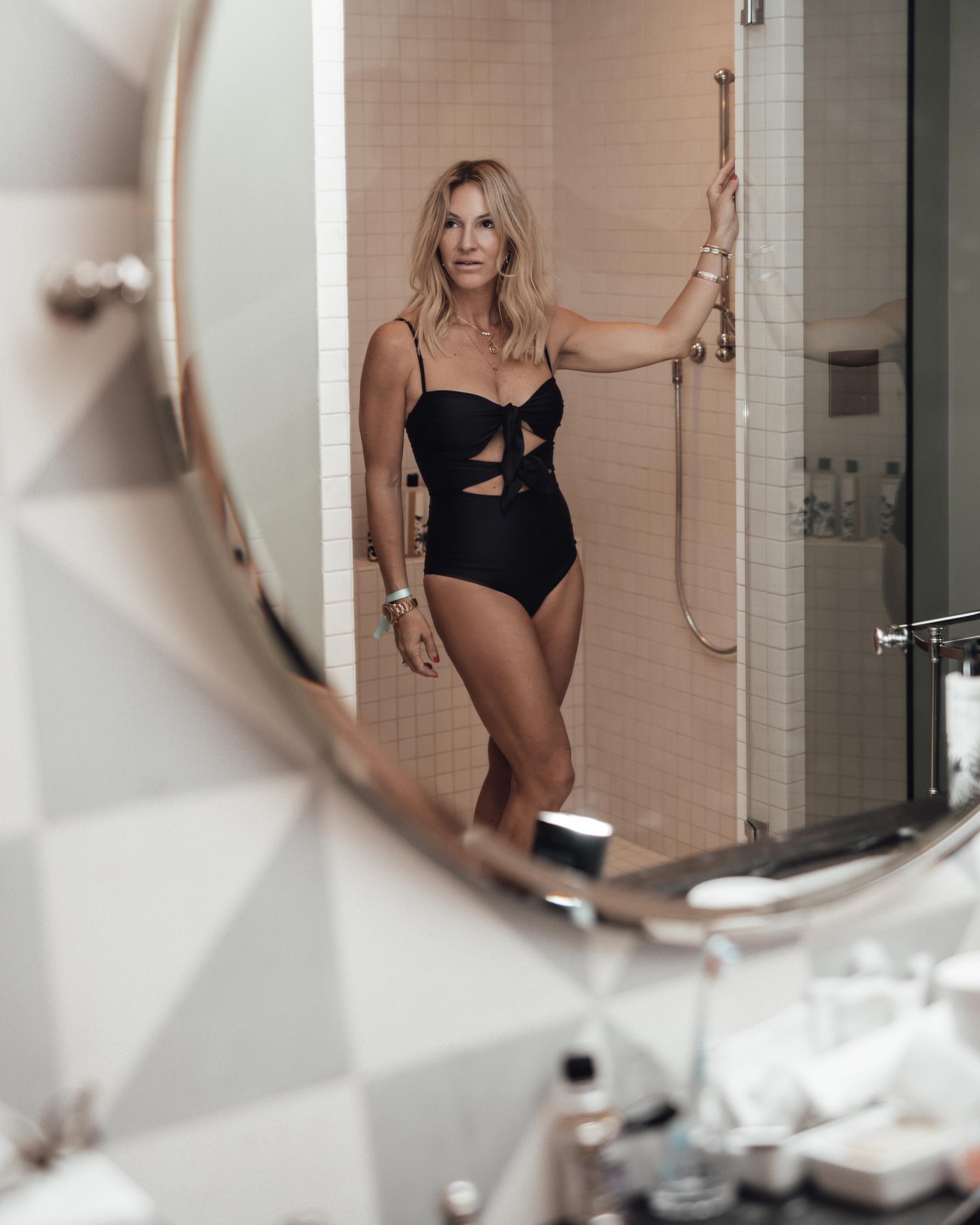 julie mirror.jpg