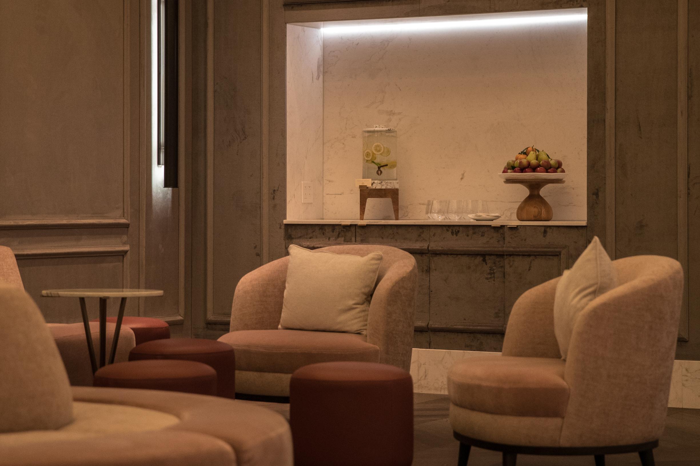 lobby 6.jpg