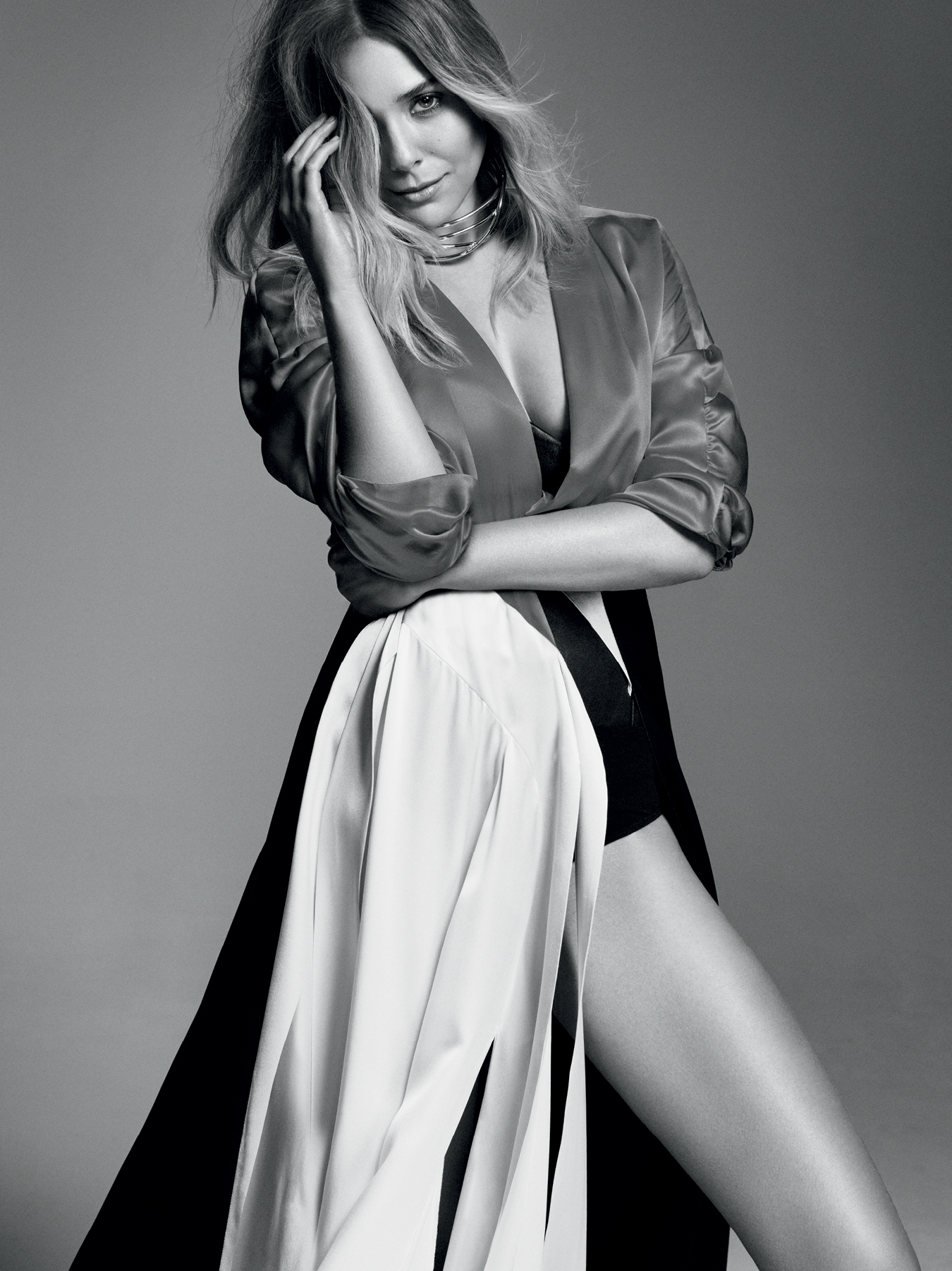 Jovana Djuric Elle Canada June 2016 02.jpg