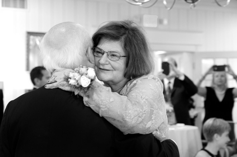 MaryAnn+Ken l 50th Wedding Anniversary l Olivia Christina Photography (86).jpg