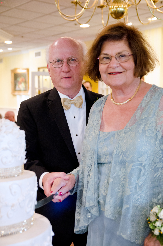 MaryAnn+Ken l 50th Wedding Anniversary l Olivia Christina Photography (143).jpg