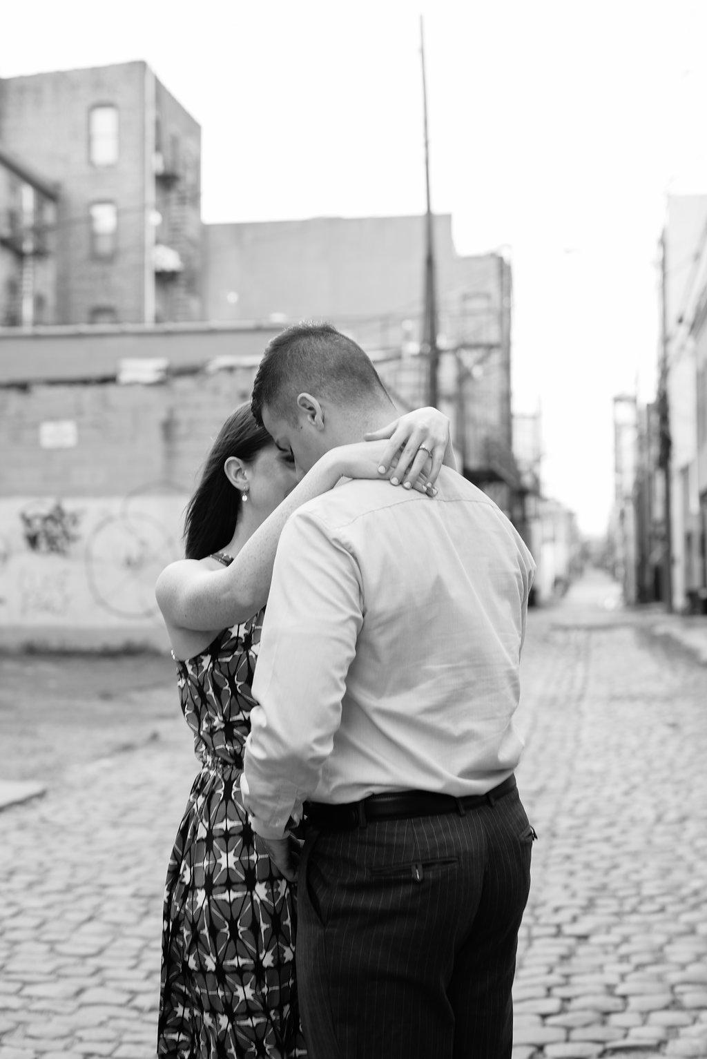HobokenWaterfrontEngagementSession-NewYorkCitySkyline-NewJersey-Cait+Paul-OliviaChristinaPhoto-1(4).jpg