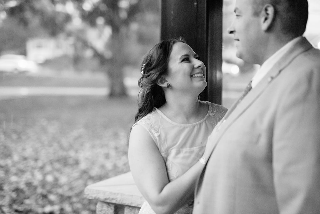IntimateElopement-Emily+Chris-HuntleyTavernLoneEagleBrewery-NewJersey-OliviaChristinaPhoto-61.jpg