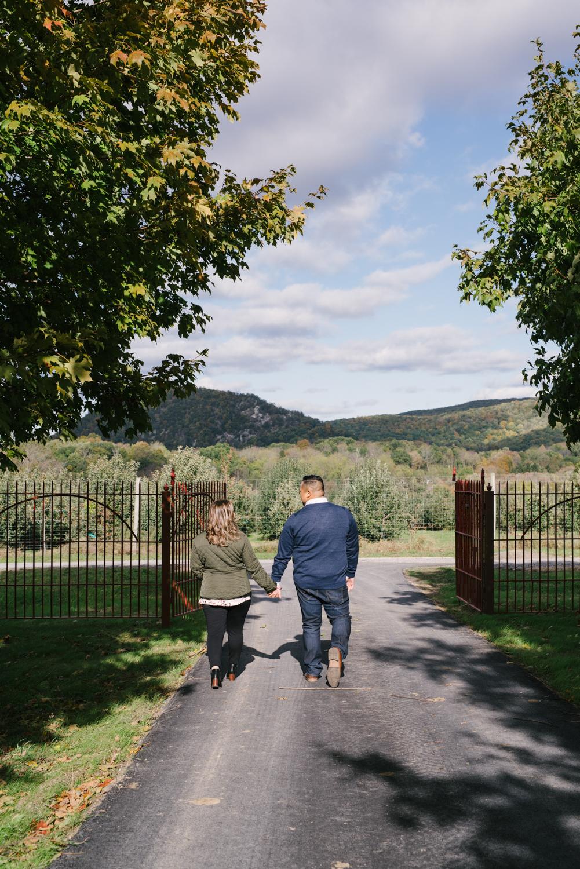 Warwick Winery Engagement Session- Diana+Jon- Fall Engagement Photos- New York- Olivia Christina Photo-13.jpg