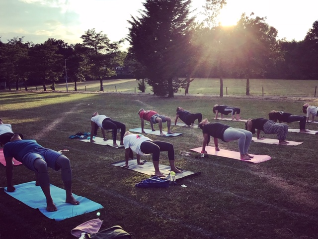 Weekly Stanmore Class - When it's sunny, we go outside!