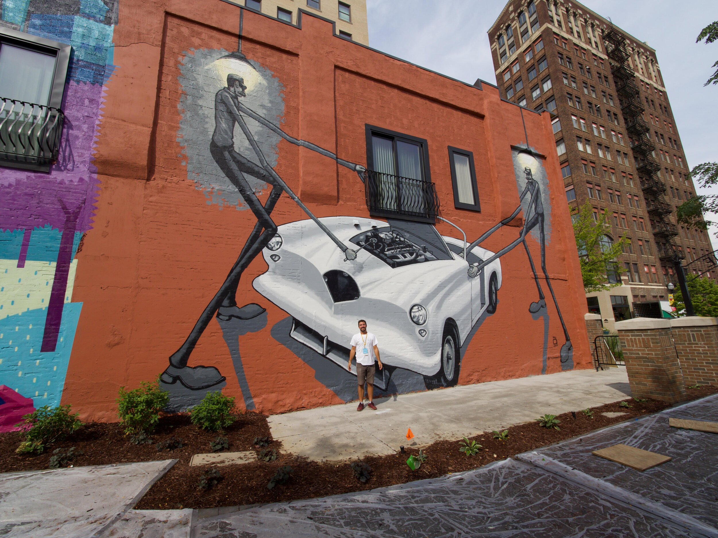 Introducing The Auto Workers of Jackson, my biggest mural yet.   Photo Credit: Maury Page  @mopage19