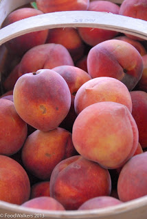 Fresh-picked peaches straight from the farm.