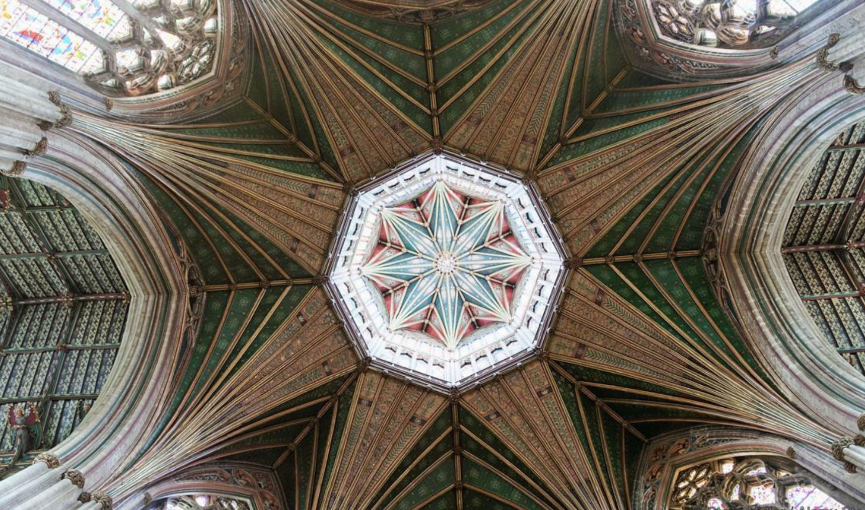 3. Ely Cathedral, Cambridgeshire UK.png