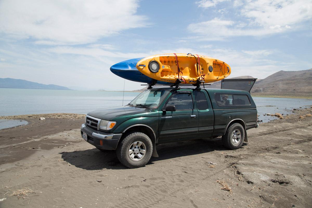 toyota-kayaks-pyramid-lake