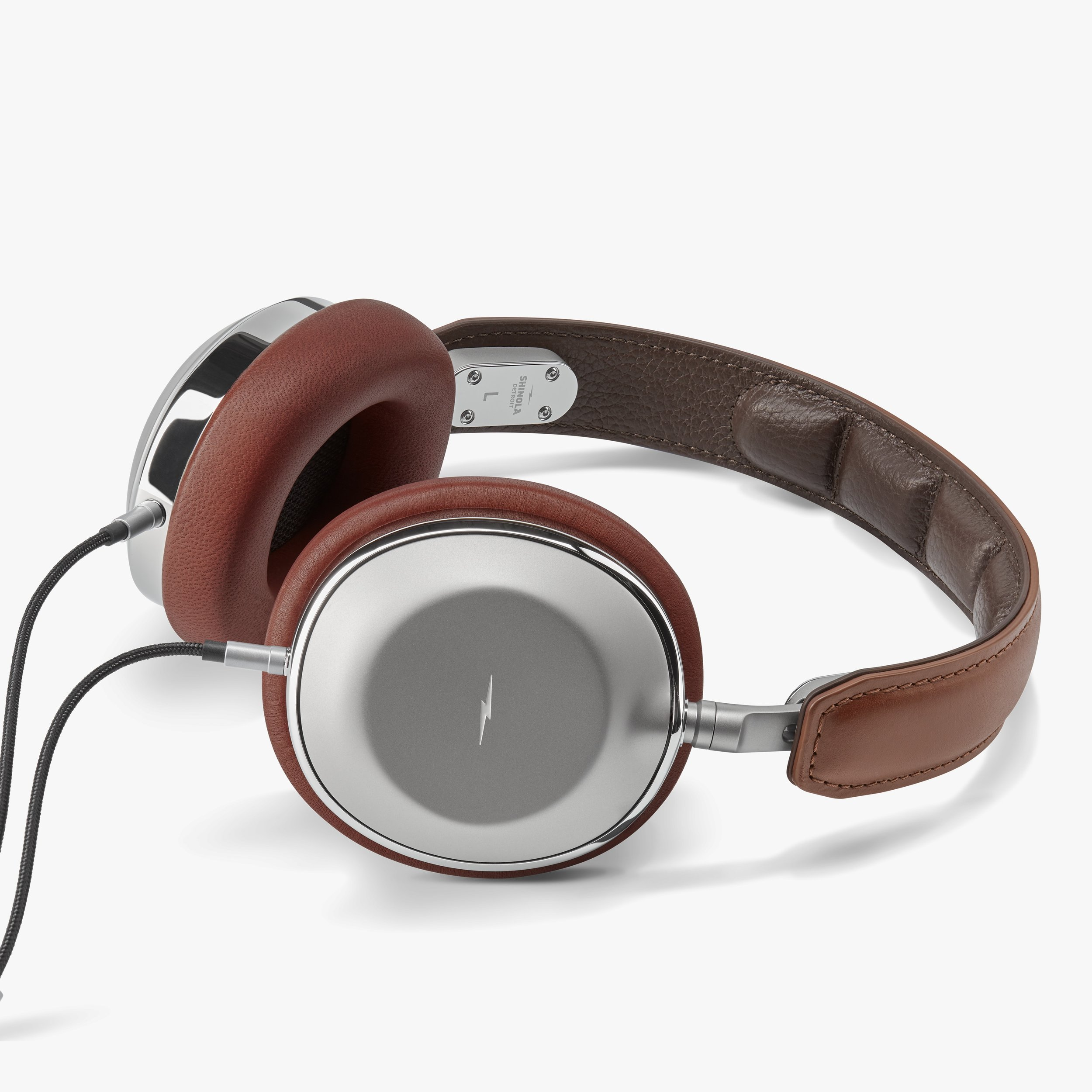 s4220080929_headphones_overear_cognac_silver_v3_3840h.jpeg