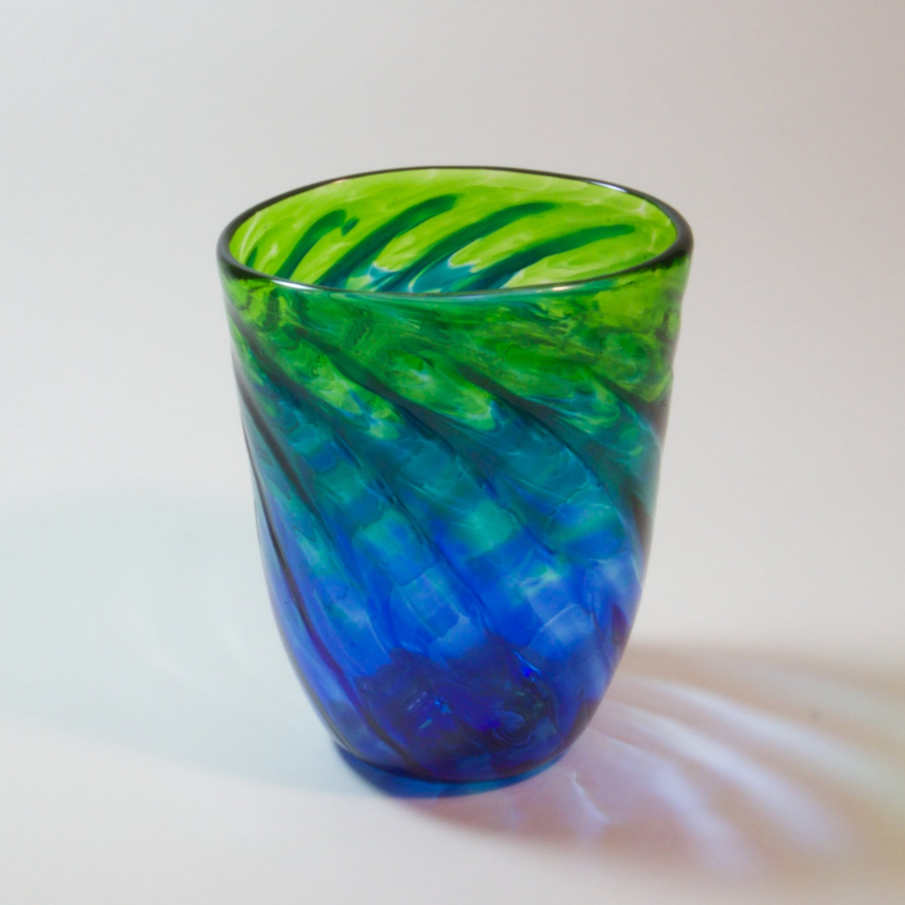 ombre-cool-vase.jpg