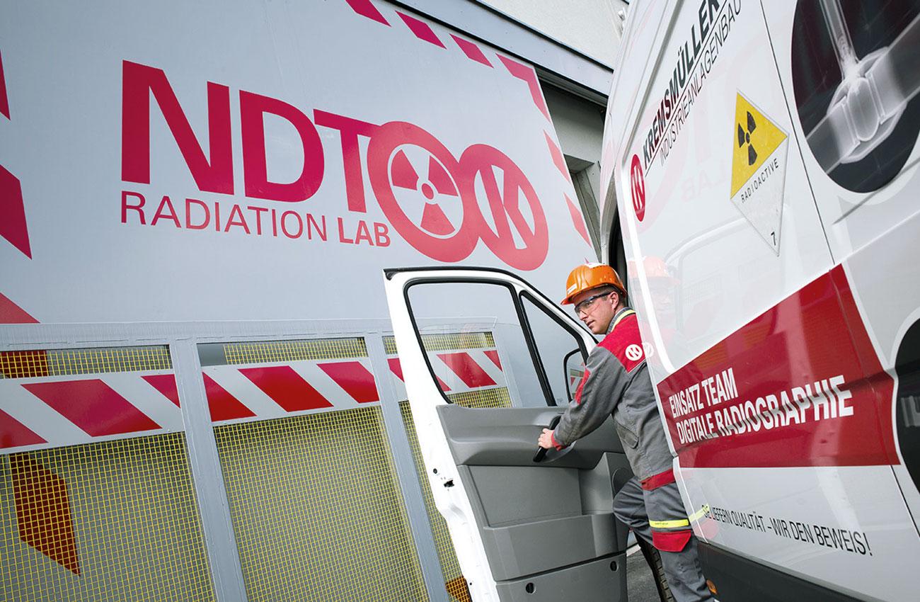 radiation-lab-kremsmueller_designkitchen.jpg