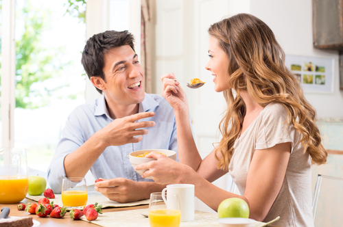 couple eating small.jpg