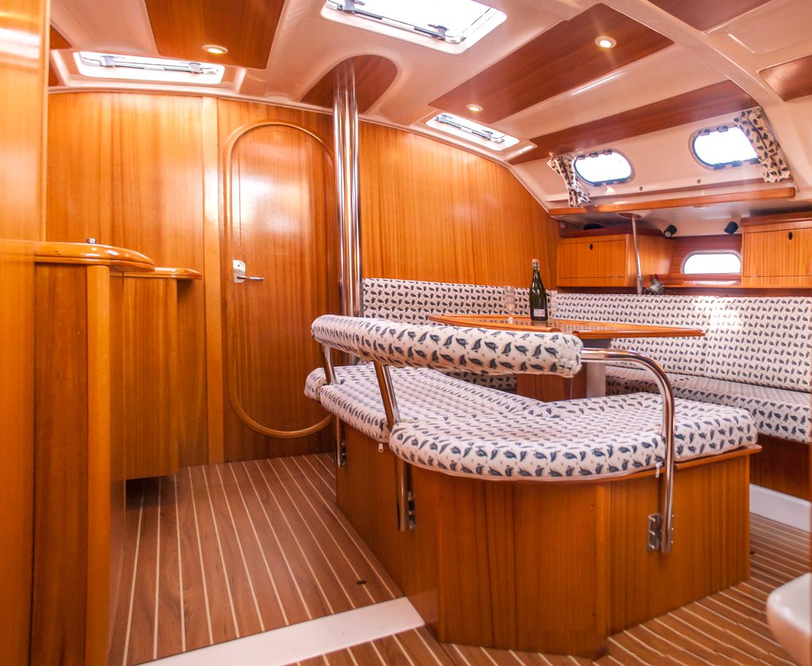 Salon principal del velero