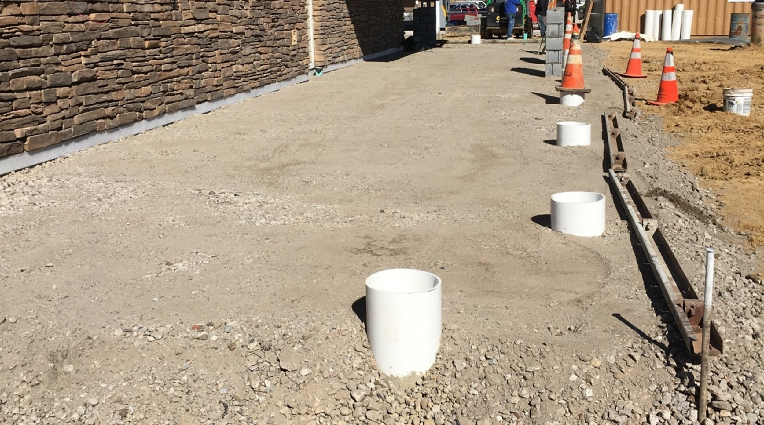 Royal Farms #221 - Sidewalk Prep
