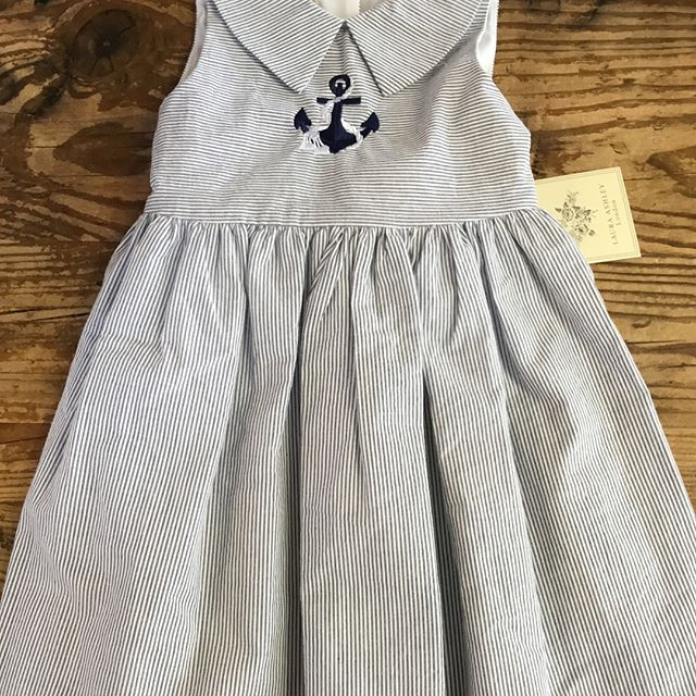 Beautiful striped dress (brand new with tags) and gorgeous bow in the back! Swipe 👌🏻👗 3t $19.99 @otboutiques @529kidsconsign