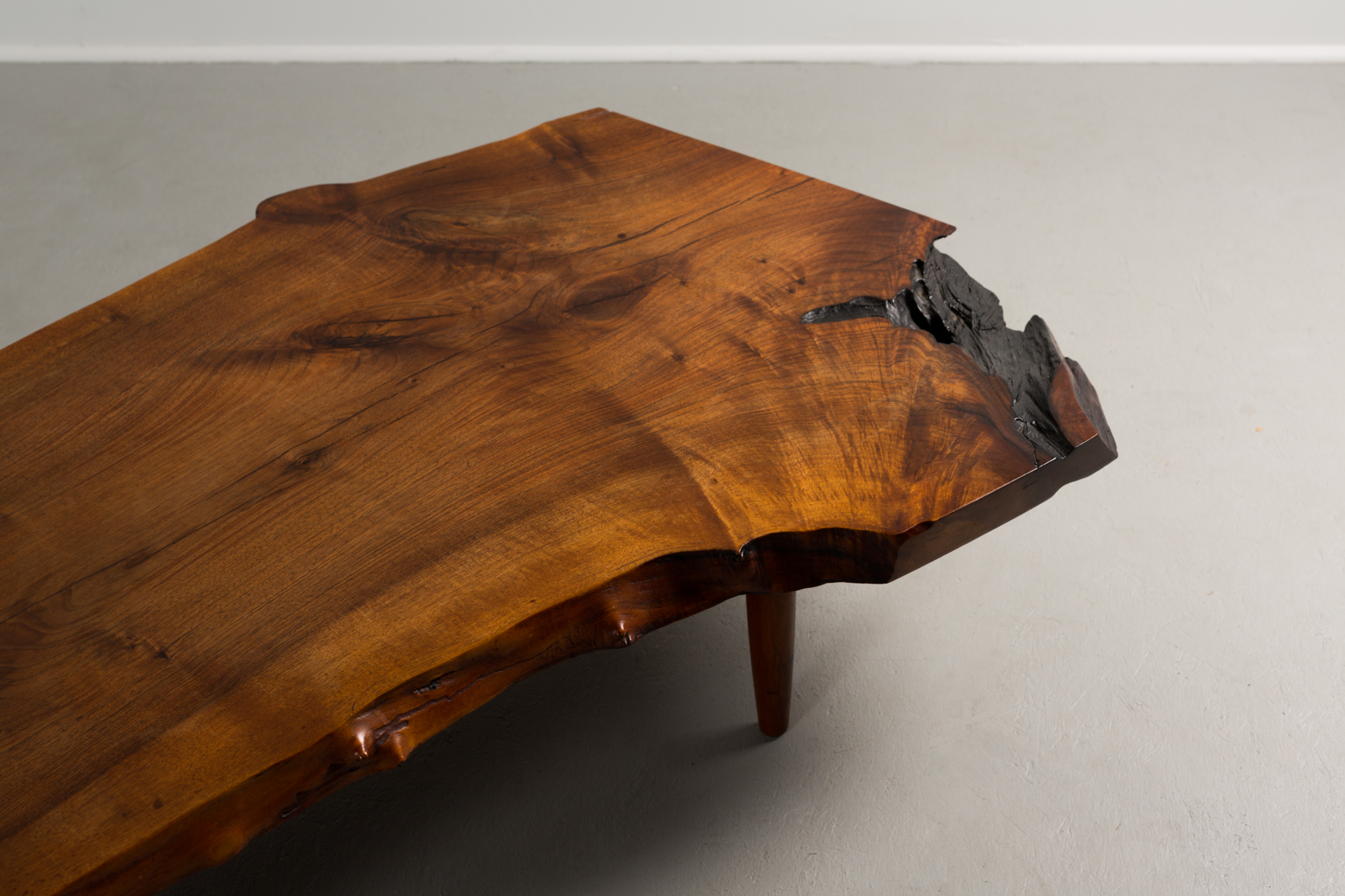 NAKASHIMA-TABLE-20.jpg