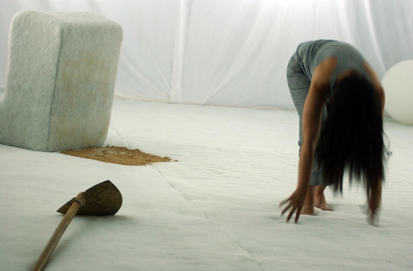 Danya Hammoud in  Meen el Batal