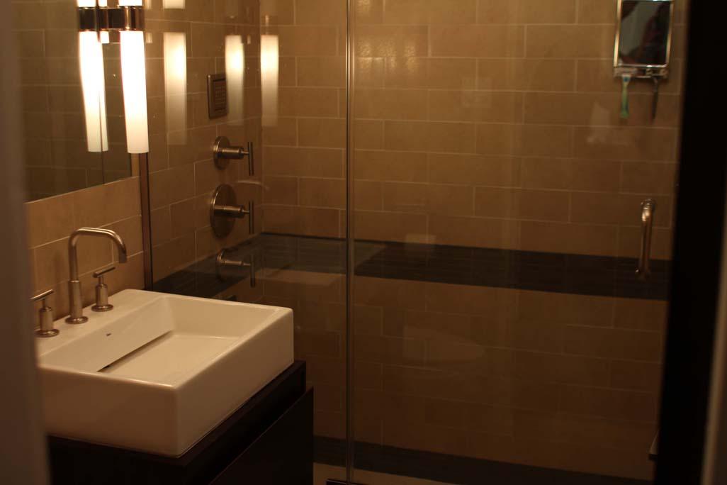Day Bathroom sm.jpg