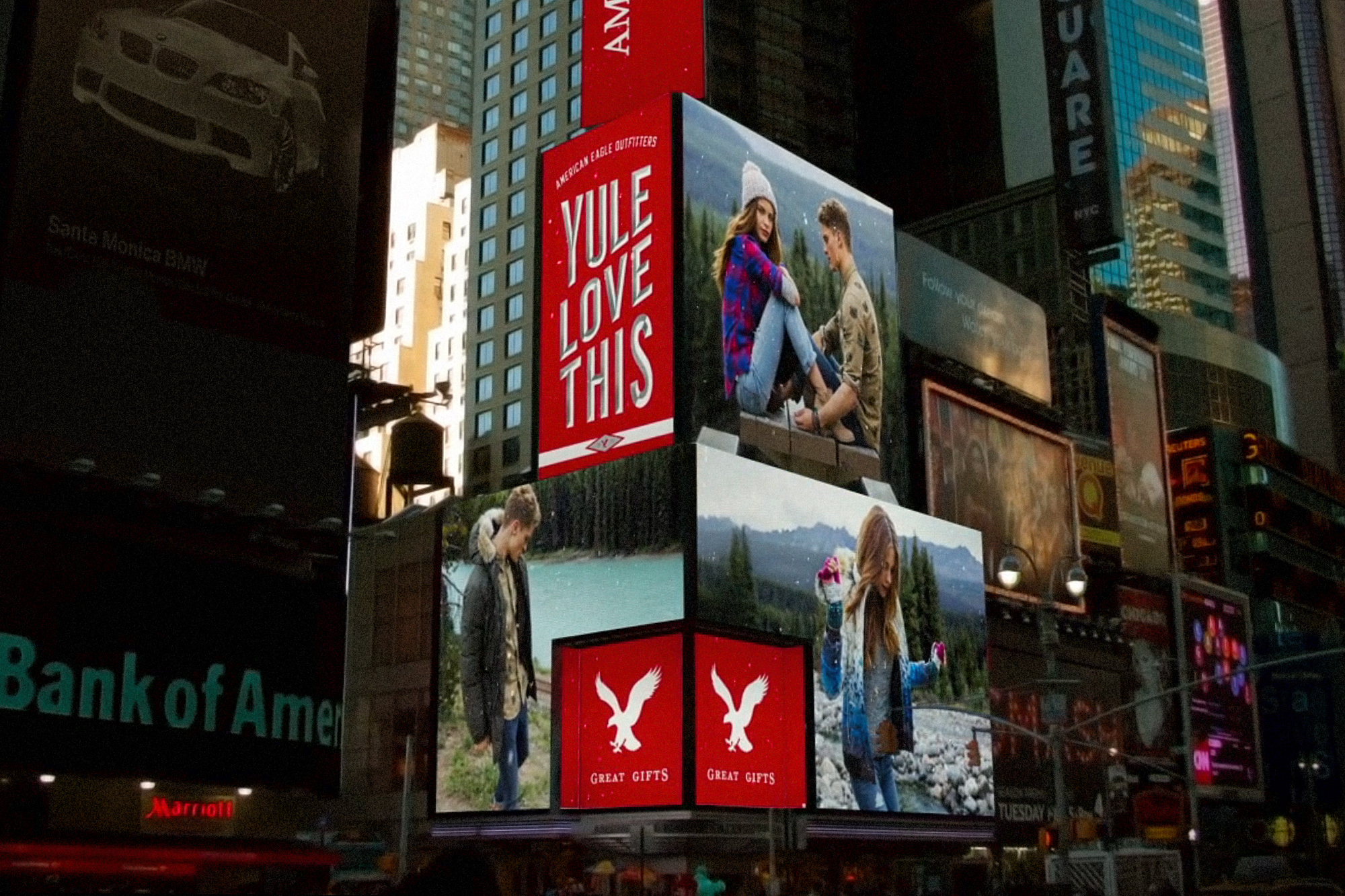 Holiday '15 Times Square Animated Billboards