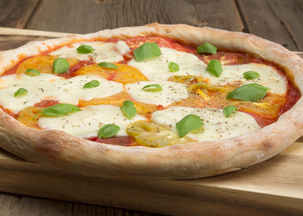 CGWM-030-Pizza-03.jpg