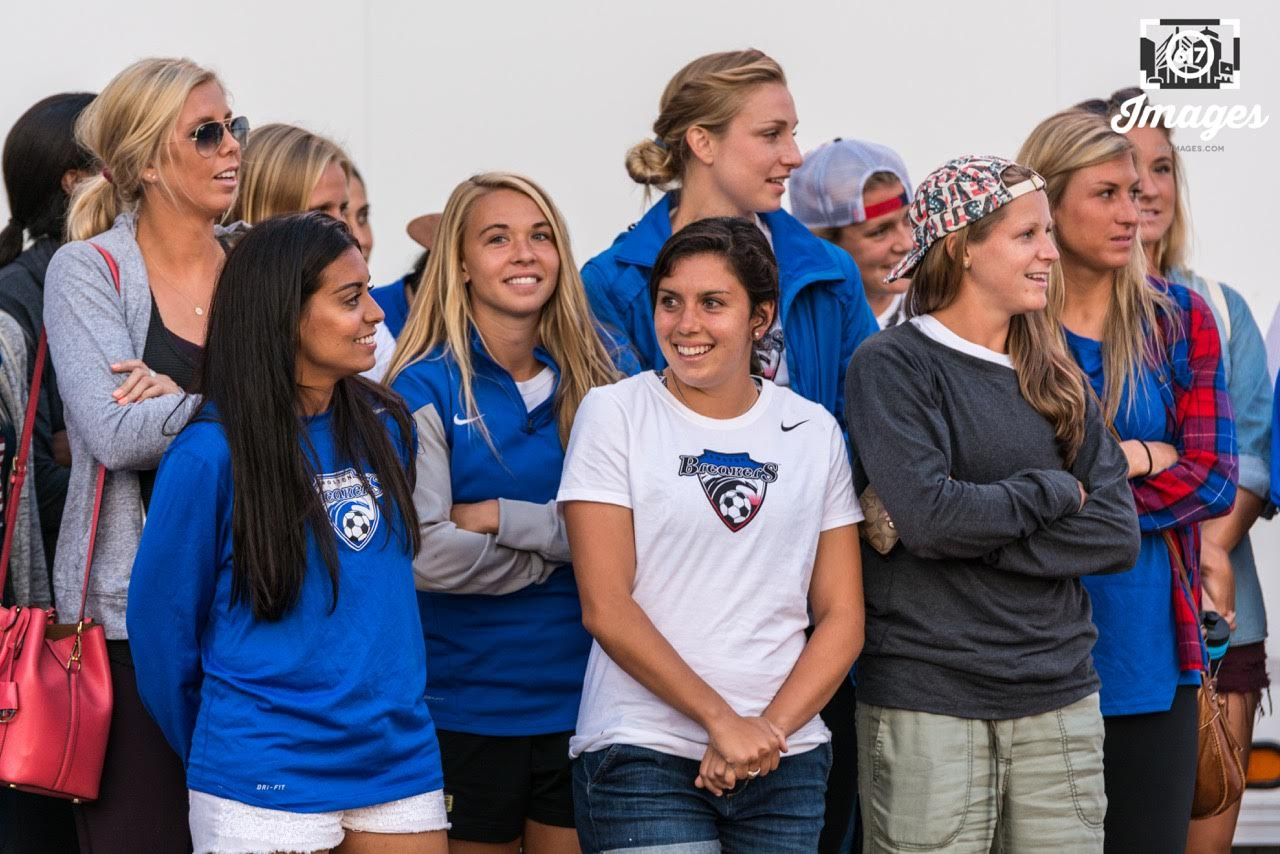 Members of the Boston Breakers. Morgan Marlborough, Suzane Pires , Stephanie Verdoia, Moly Pathman, Maddy Evans, Kassey Kallman.