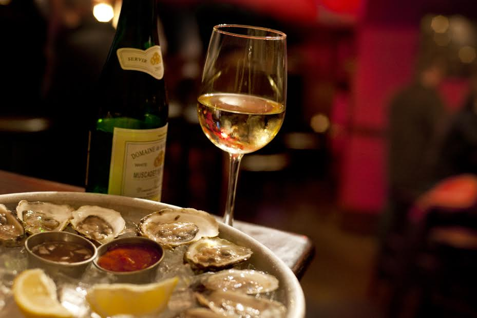 The Independent (75 Union Square, Somerville)Half-Dozen Oysters -($15)
