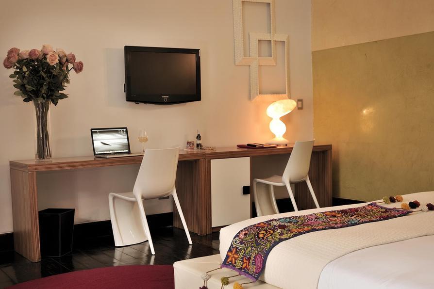 Casa Cartagena room interior2.jpg