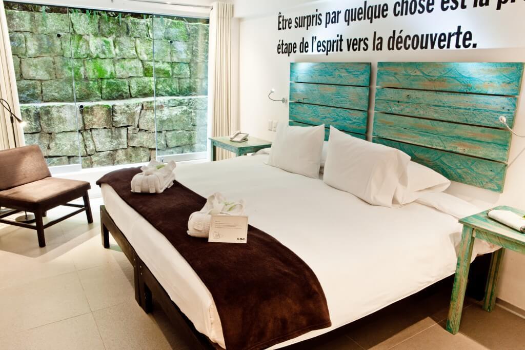 El Mapi room interior2.jpg