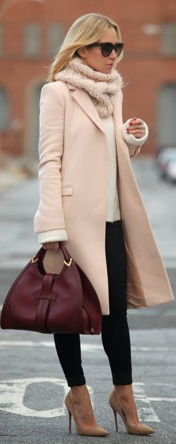Street style featuring a trendy pink scarf(Pinterest).
