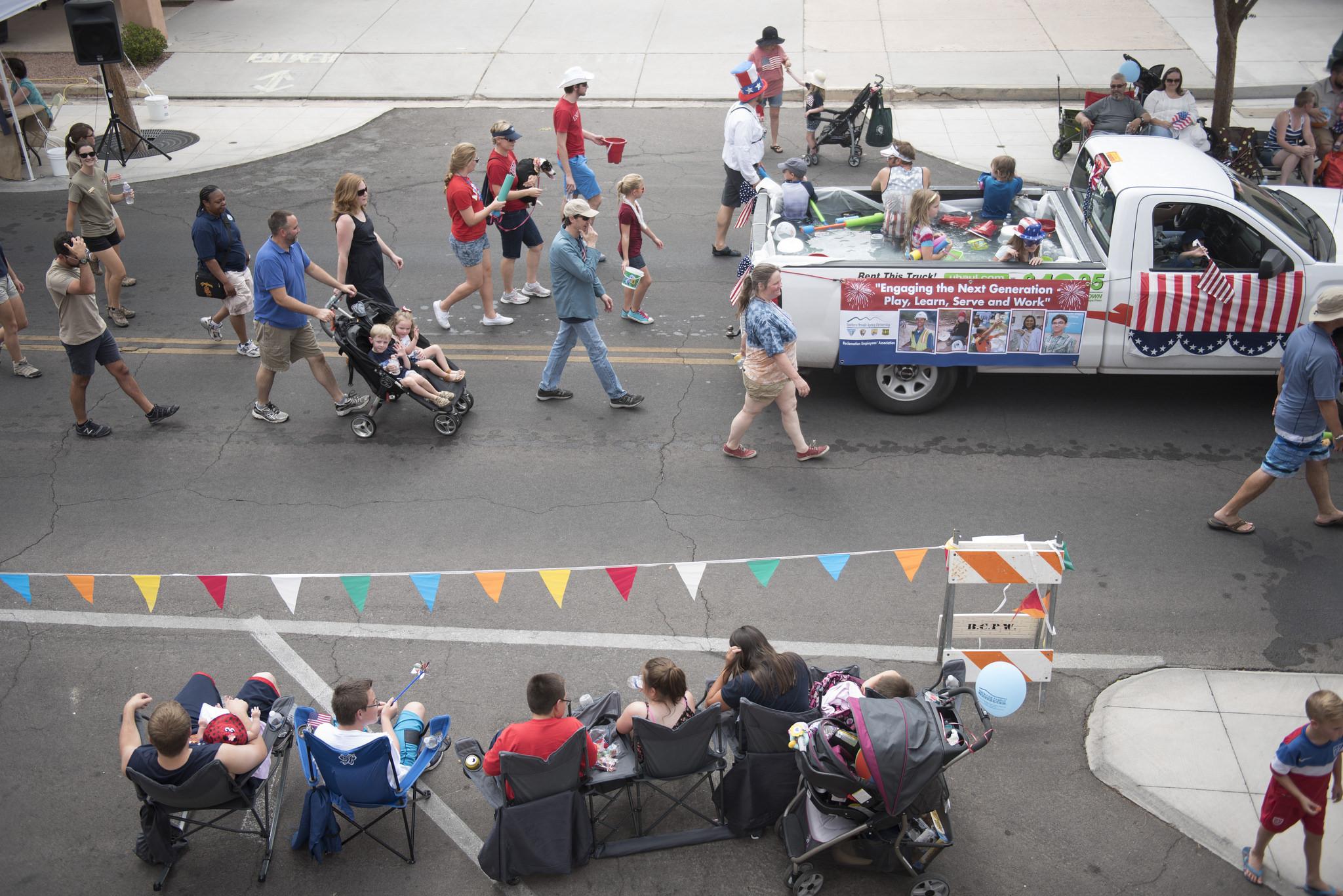 The Fourth of July parade traveled down Nevada Way at the 67th Annual Boulder City Damboree Celebration in Boulder City, Saturday, July 4, 2015.(JASON OGULNIK/BOULDER CITY REVIEW)