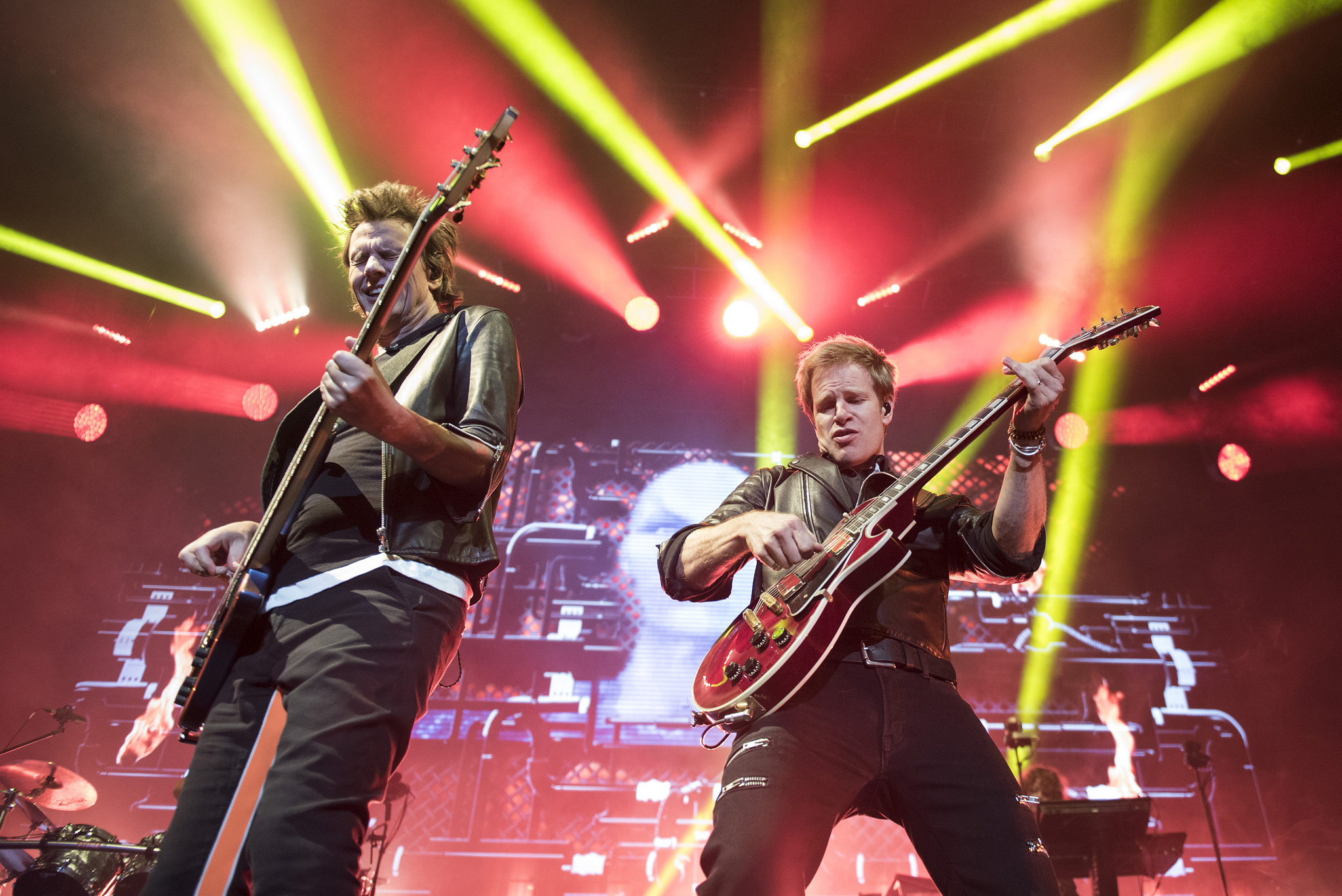 John Taylor, left, and Dominic Brown perform with Duran Duran at Mandalay Bay Events Center in Las Vegas Friday, July 29, 2016. Jason Ogulnik/Las Vegas Review-Journal