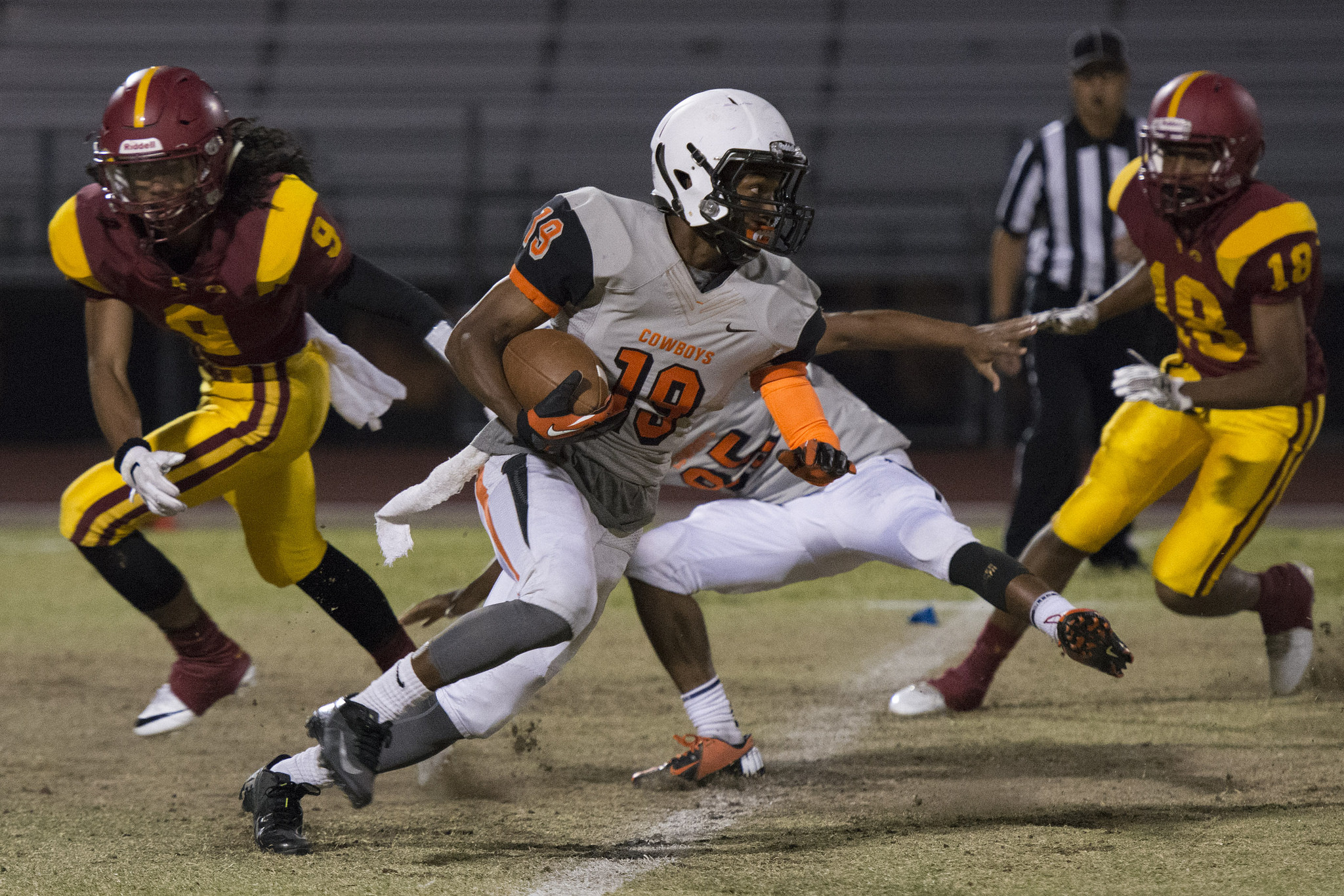 Chaparral's Tyray Collins (19) runs with the ball during a football game at Del Sol in Las Vegas, Friday, Sept. 23, 2016. Jason Ogulnik/Las Vegas Review-Journal