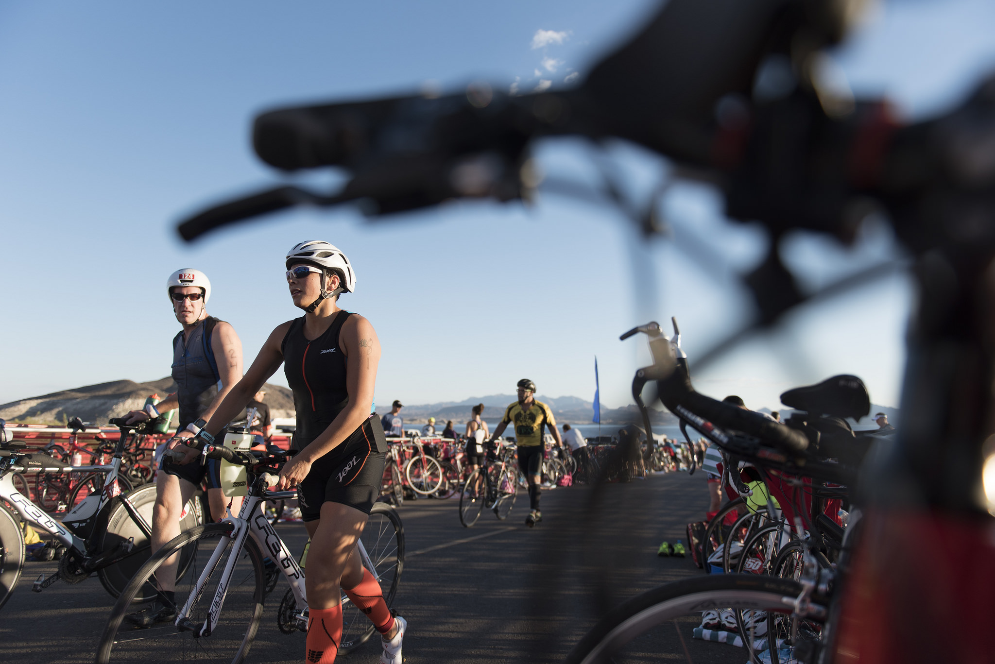 Las Vegas Triathlon participants prepare for the cycling leg of the event at Lake Mead near Boulder City, Saturday, Oct. 1, 2016. Jason Ogulnik/Las Vegas Review-Journal