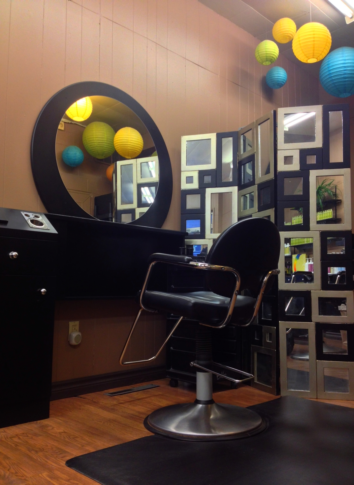 second hair styling station