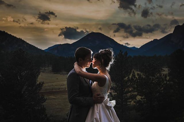 Another one from Jenn + Trenton's wedding at the stunning @blackcanyoninnweddings