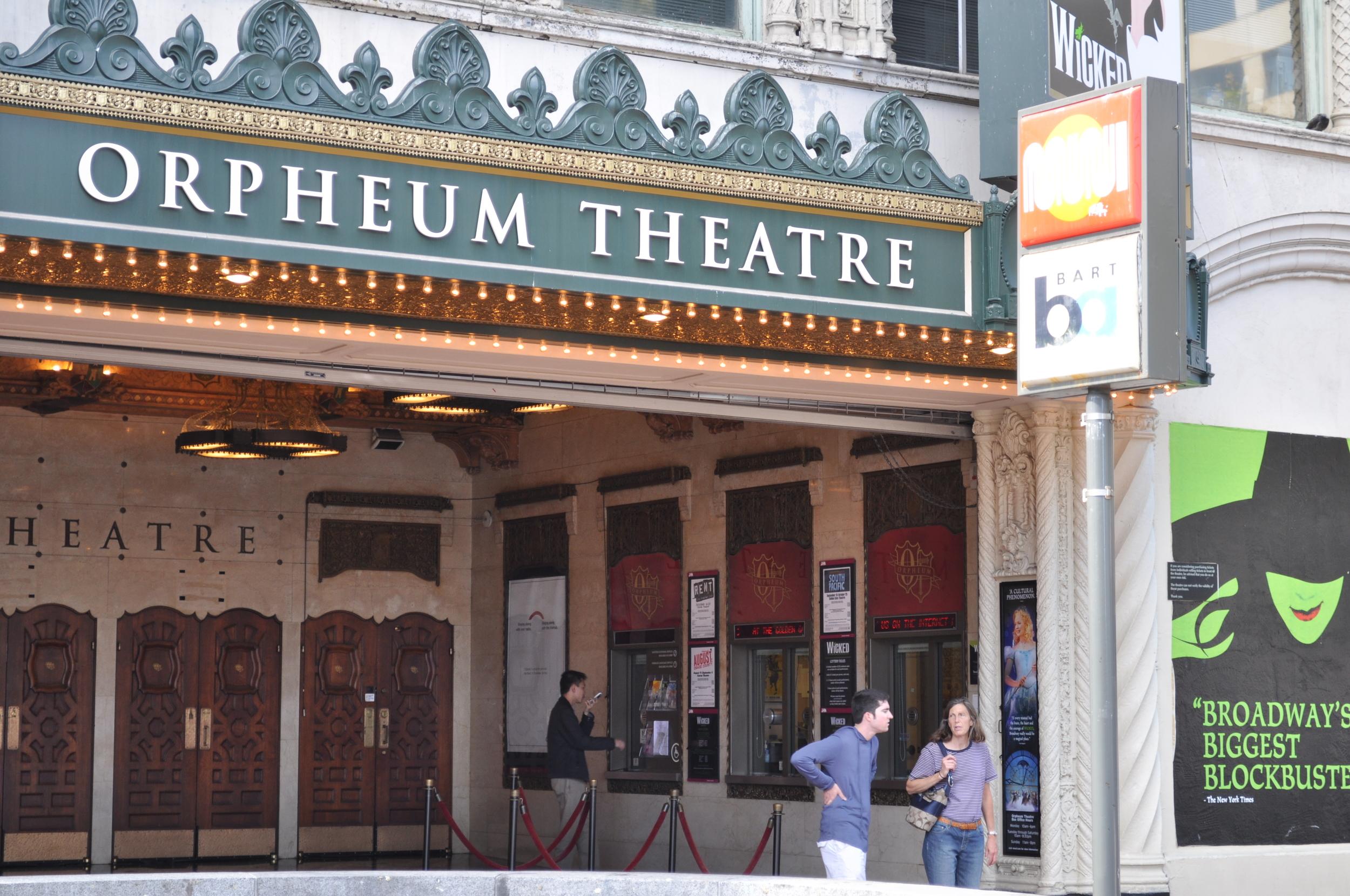 San_Francisco_Orpheum_Theatre_box_office.jpg