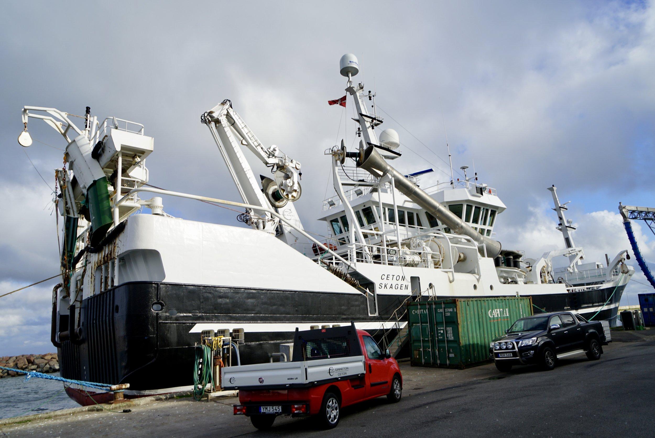 Ceton er 62,60 meter lang og 12,80 meter bred og blev bygget i 2006
